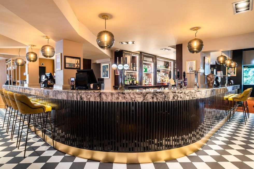 Busy Carrata bar top designed exclusively by Versital