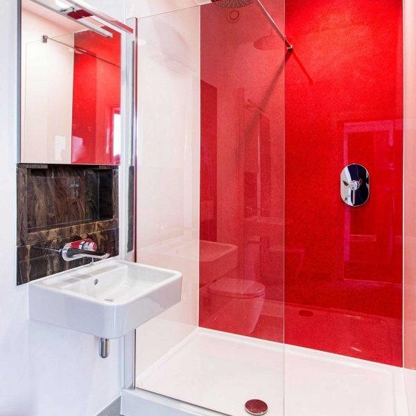 Dorothy shower panel